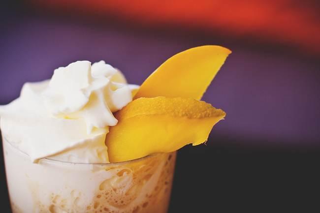 aneka-minuman-es-puter-kopyor-sari-kelapa