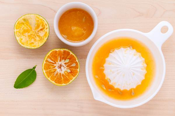 aneka-minuman-sehat-Lemon-Lime-Ginger-Apple